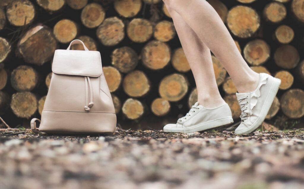 czy torebka musi pasować do butów